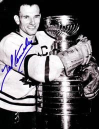 Teeder with Stanley Cup: something no Maple Leaf has done for 42 years now