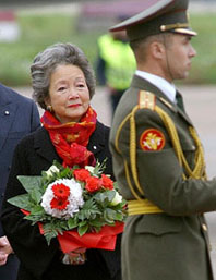 "Adrienne Clarkson, Governor General of Canada, 1999-2005, referred to herself in office as a ""head of state"" in 2004.  Here she is arriving on a controversial $1 million trip to Russia in September 2003."
