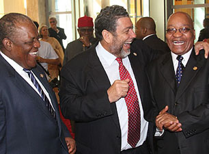 Left to right: Bahamas Prime Minister Hubert Ingraham, St Vincent and the Grenadines Prime Minister Ralph Gonsalves and South African President Jacob Zuma share a joke at Commonwealth summit 2009. Kenroy Ambris/Commonwealth Secretariat.