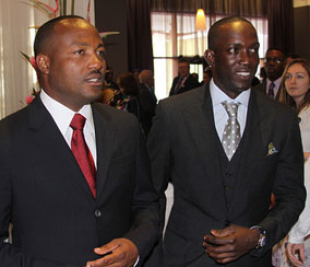 Cricket legend Brian Lara and former Manchester United star Dwight Yorke — both Trinidad and Tobago nationals — arrive for a Commonwealth summit event hosted by Queen Elizabeth II in Port of Spain, Trinidad and Tobago, November 28, 2009. Kenroy Ambris/Commonwealth Secretariat.
