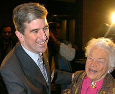 Glen Murray,  back in 2004 when he was Mayor of Winnipeg, shares a joke with  Mississauga Mayor Hazel McCallion. As of February 4, 2010, Mr. Murray is Liberal MPP for Toronto Centre at Queen's Park in Ontario. And Premier Dalton McGuinty is pleased. AARON HARRIS/CP FILE PHOTO.