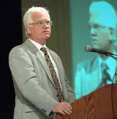 Thomas Walkom speaks at the Global Investigative Journalism Conference in Toronto, May 2007.