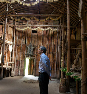 Michael Ignatieff, leader of the Liberal Party of Canada inside the Turtle Clan long house at Crawford Lake, Ontario. Aboriginal Day June 21, 2009. Photo by: Radey Barrack.