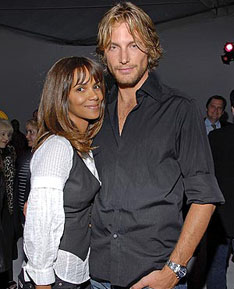 Halle Berry and her Canadian ex-husband (and father of her young daughter) Gabriel Aubry. Who said Canadians never do anything interesting?