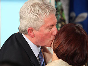 Gilles Duceppe greets his wife, Yolande Brunelle, at the Hyatt Hotel in Montreal, during the 2008 election campaign.