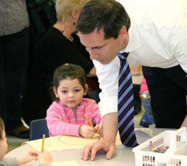 Premier Dalton McGuinty visits with kindergarten children at Victor Lauriston Public School in Chatham, January 12, 2009. Aaron Hall Photo.
