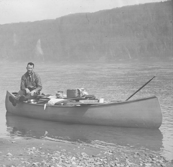 trudeau essay on the canoe Published in 1968, federalism and the french canadians is an essay on pierre trudeau essay help canoe kayak magazine former prime minister paul martin literature.